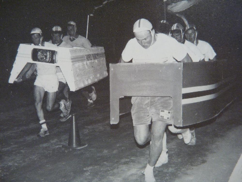 290 Avoca cardboard boat race at dog races